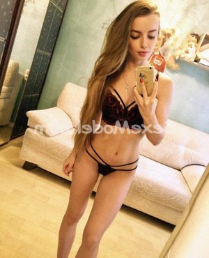 Douchka escort girl