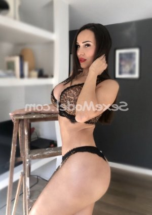 Dauriane lovesita escorte