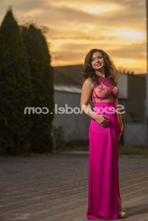 Fleuriane lovesita escorte à Beauvais
